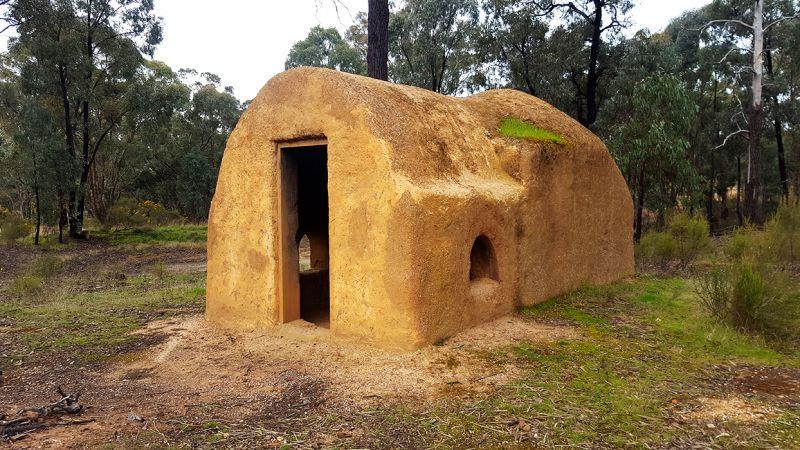 Maryborough Mud Brick Hut Goldfields Guide