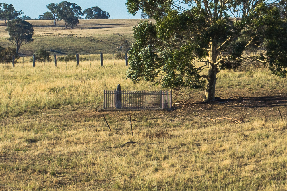 Lone Grave at Lake Eppalock | Goldfields Guide